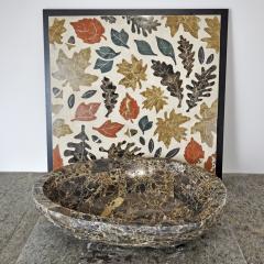 Мраморный умывальник и мозаика