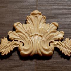 Резной мраморный декор для каминного портала