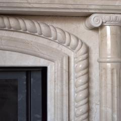 Каминные порталы из мрамора