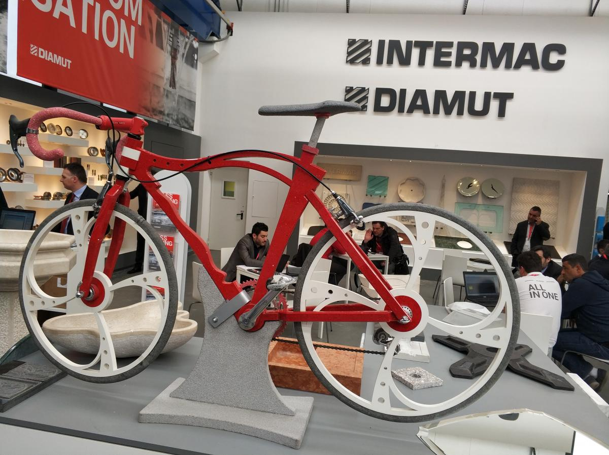 А велосипед из ...камня